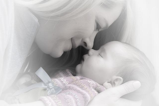 lactancia materna después de aumento de pecho
