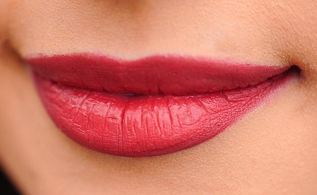Cómo dar volumen a los labios