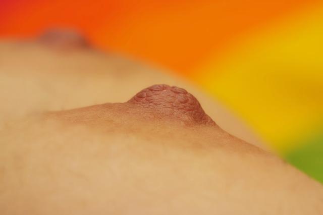 incisiones peri-areolares